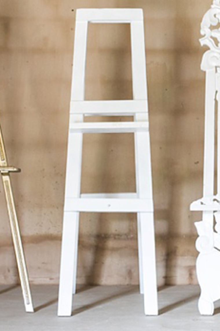 White Easel With High Ledge
