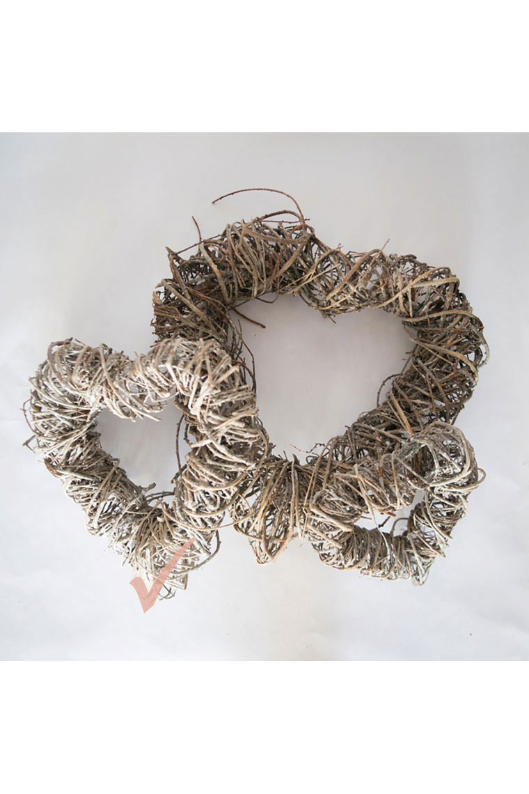 Med Wicker Heart